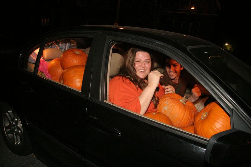 Pumpkincar1